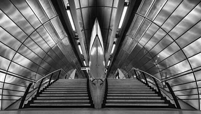 Southwark Tube Station Art Print