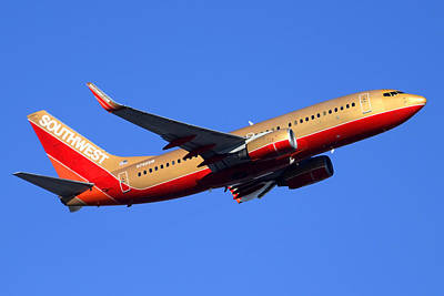 Southwest Boeing 737-7h4 N792sw Phoenix Sky Harbor December 22 2014  Art Print by Brian Lockett