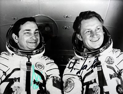 Sigmund Photograph - Soyuz 31 Crew by Detlev Van Ravenswaay