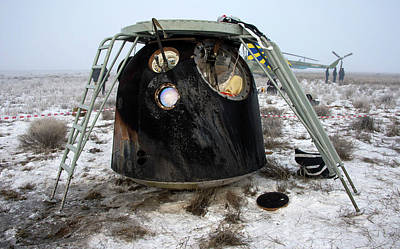 No. 12 Photograph - Soyuz Tma-14m Descent Module Landed by Nasa/bill Ingalls