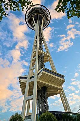 Photograph - Space Needle 1 by Ricardo J Ruiz de Porras