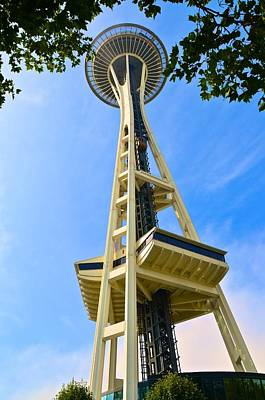 Photograph - Space Needle 2 by Ricardo J Ruiz de Porras