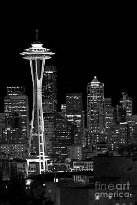 Photograph - Space Needle Kind Of Night by Sonya Lang