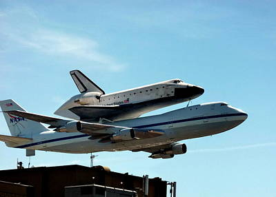 Photograph - Space Shuttle Endeavour by Jeff Lowe