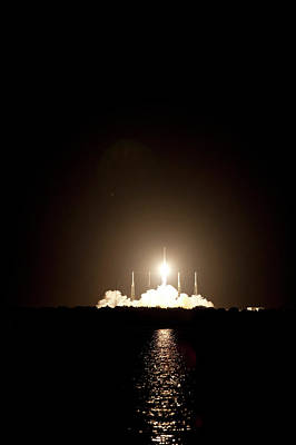Spaceflight Photograph - Spacex Crs-1 Launch by Nasa