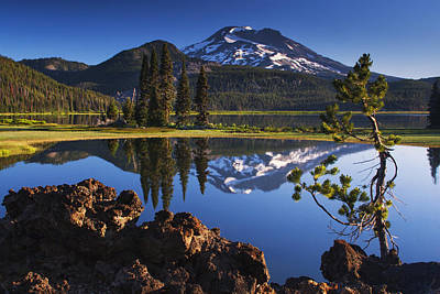 Sparks Lake Sunrise Art Print by Mark Kiver