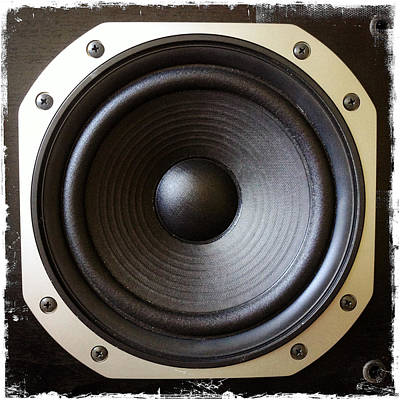 Volume Photograph - Speaker by Les Cunliffe