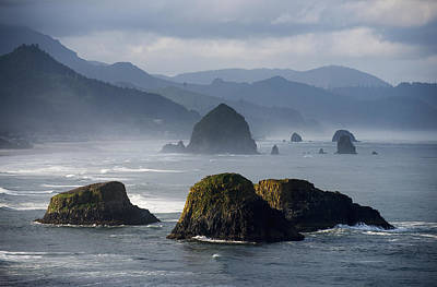 Ethereal Beach Scene Photograph - Spectacular Coastal Scenery Is Found by Robert L. Potts