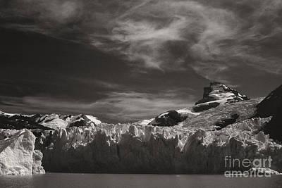 Photograph - Spegazzini Glacier Argentina by Rudi Prott