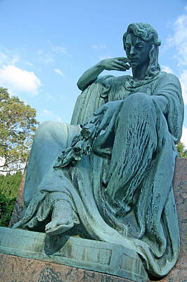 Photograph - Spencer Grave Sculpture by Cora Wandel