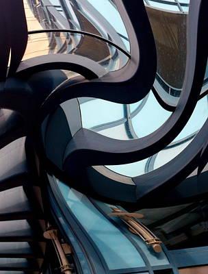 Zeni Shariff Photograph - Spin My World by Zeni Shariff
