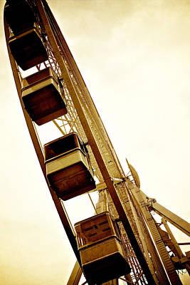 Photograph - Spinning Wheel by Lisa Knechtel