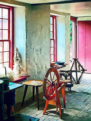 Photograph - Spinning Wheel Near Window by Susan Savad