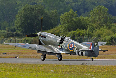 Photograph - Spitfire by Paul Scoullar
