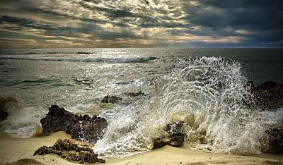 Splash N Sunrays Art Print by Kym Clarke