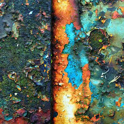 Splash Of Blue Art Print by Tom Druin