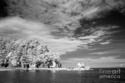 Photograph - Split Apple Rock Abel Tasman Np by Colin and Linda McKie