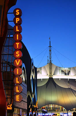 Photograph - Splitsville Neon by Laura Fasulo