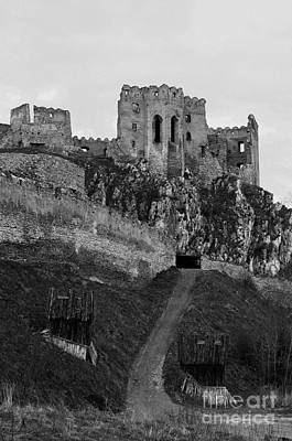 Photograph - Spooky Castle by Les Palenik