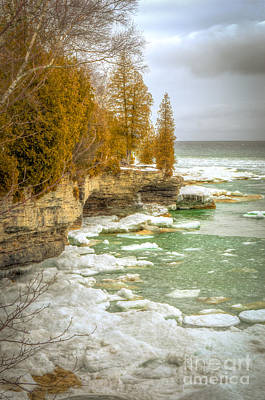 Photograph - Spring Breaking Through At Cave Point by Mark David Zahn