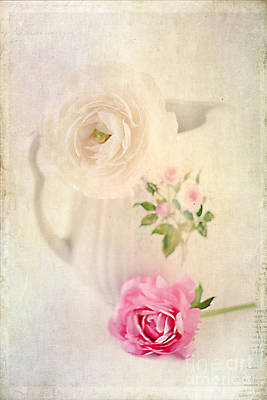 Antique Roses Vase Wall Art - Photograph - Spring Romance by Darren Fisher