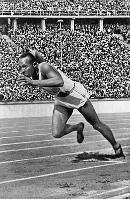 Sprinter Jesse Owens Print by Underwood Archives