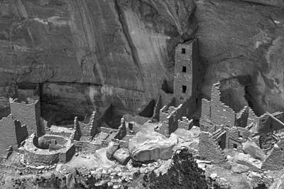 Square Tower At Mesa Verde Bw Art Print