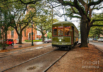 St. Charles Ave. Streetcar In New Orleans Art Print