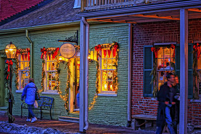 Photograph - St Charles Missouri Store On Main At Christmas Dsc02941 by Greg Kluempers