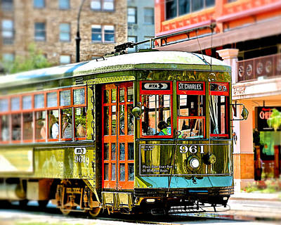 Photograph - St. Charles Streetcar by Jim Albritton