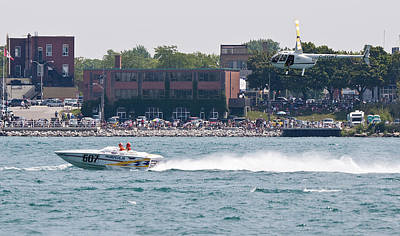 St. Clair Michigan Usa Power Boat Races-4 Art Print by Paul Cannon