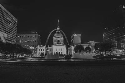 Photograph - St. Louis Missouri Gateway Arch 10 by David Haskett