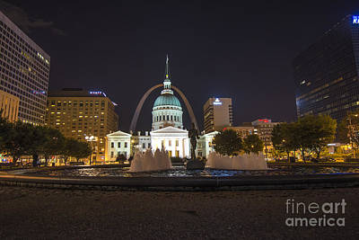 Photograph - St. Louis Missouri Gateway Arch Night 9390 by David Haskett