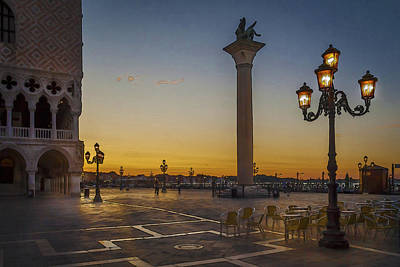 Photograph - St Marks Square by Alex Saunders