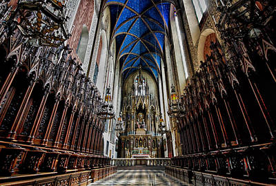 Photograph - St Marys Basilica In Krakow Poland by Robert Woodward