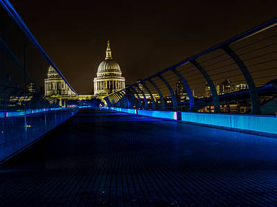 Urban Exploration Photograph - St Paul's Cathedral by Martin Newman