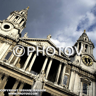 St. Paul's Cathedral - Queen Anne's Statue - London - Uk Art Print by Hisham Ibrahim