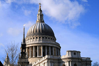 Photograph - St Pauls Cathedral by Susan Leonard
