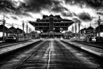 St Petersburg Pier In Monochrome Hdr Art Print