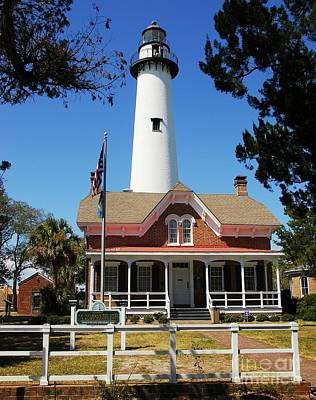 Photograph - St. Simons Light by Mel Steinhauer