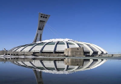 Photograph - Stadium Afloat by Arkady Kunysz