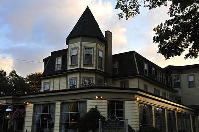 Photograph - Stafford's Bay View Inn by Brian Hoover