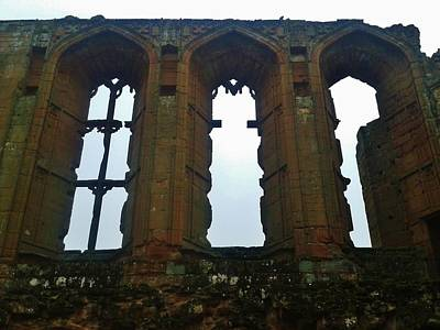 Kenilworth Castle Wall Art - Photograph - Stages Of Time by Gav