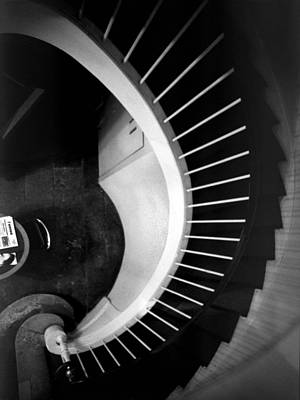 Photograph - Staircase #1 by Alfredo Gonzalez