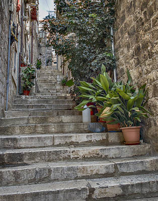 Photograph - Stairway In Dubrovnik by Alan Toepfer