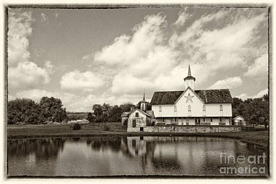 Star Barn Photograph - Star Barn Antiqued by Paul W Faust -  Impressions of Light