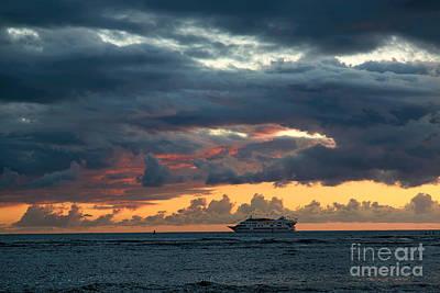 Photograph - Star Of Honolulu by Jon Burch Photography