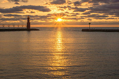 Photograph - Star Power - Sunrise by Bill Pevlor