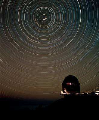 Star Trails Over Dome Of Nordic Optical Telescope Art Print by David Parker/science Photo Library
