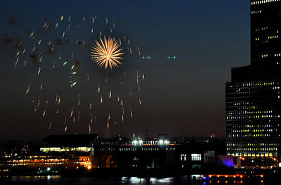 Photograph - Starburst Fireworks On July 4 New York City by Diane Lent